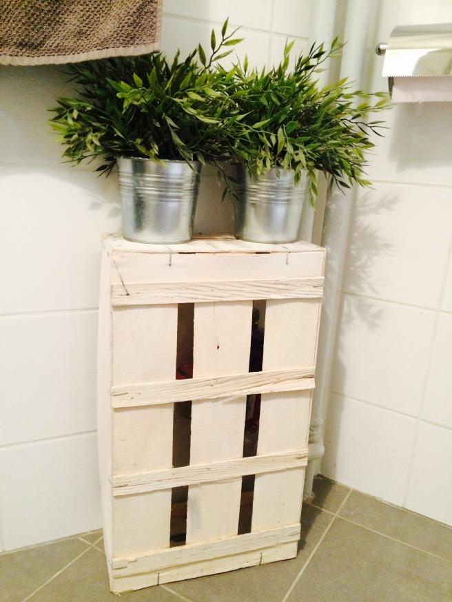 Caja decorativa baño