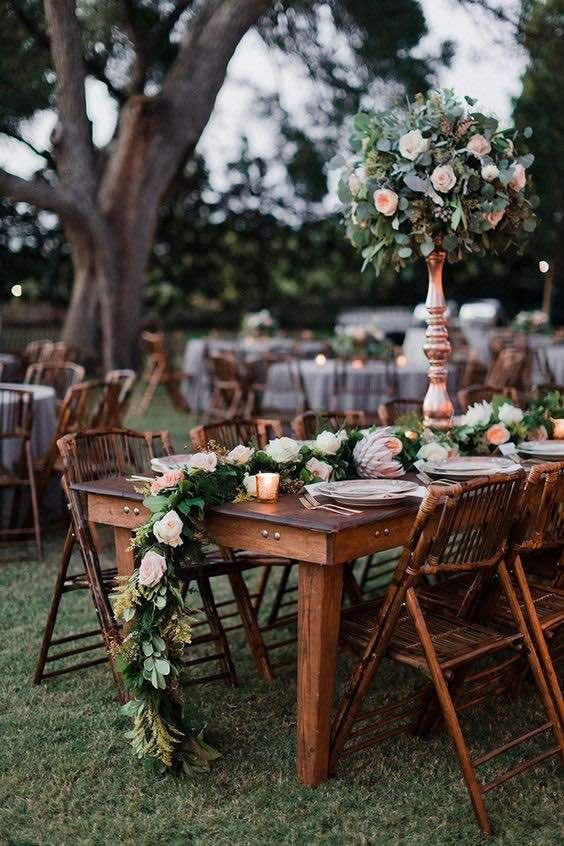 mesa-de-boda-campestre-con-toques-clasicos