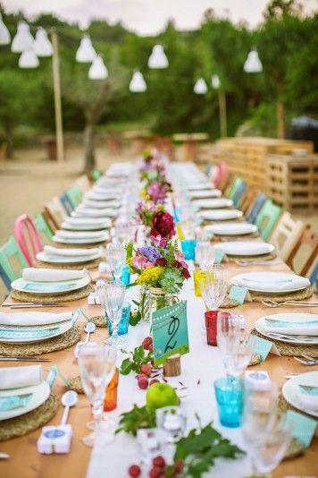 mesa-de-boda-imperial-con-toques-de-color