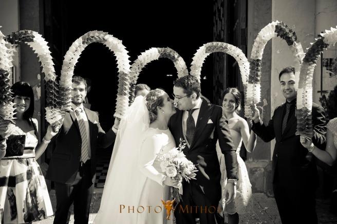 boda-joseba-y-maca-salida-iglesia