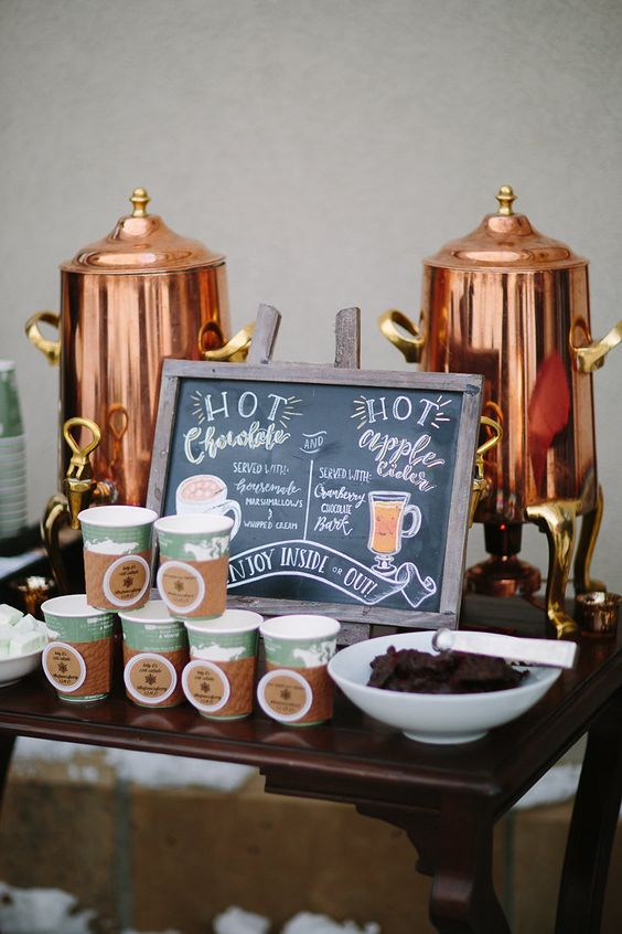 chocolate-y-sidra-caliente-para-boda-de-invierno