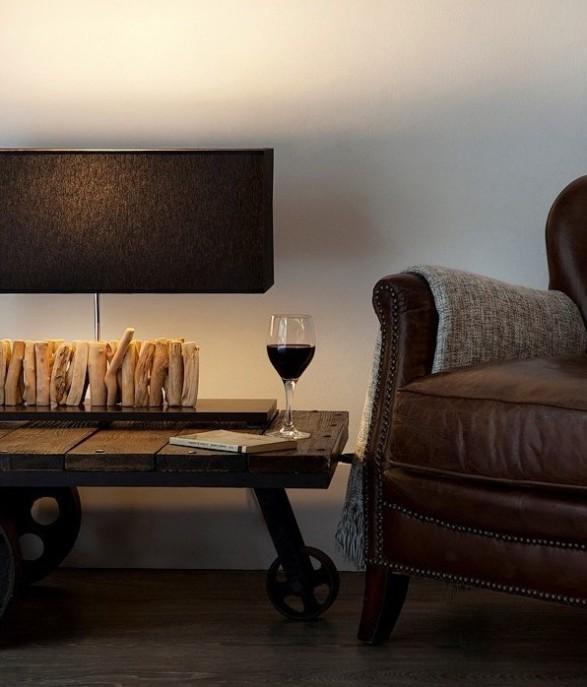 lampara-sobremesa-hecha-a-mano-pantalla-negra